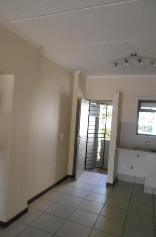 Property For Rent in Lonehill, Sandton 11
