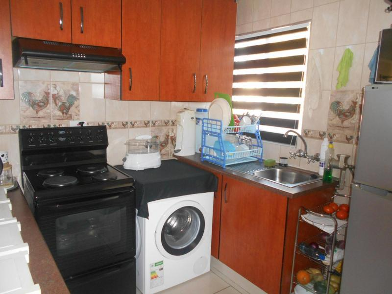 Property For Rent in Glen Marais, Kempton Park 4