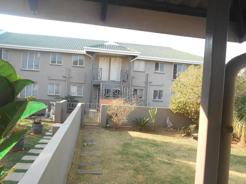 Property For Rent in Glen Marais, Kempton Park 11