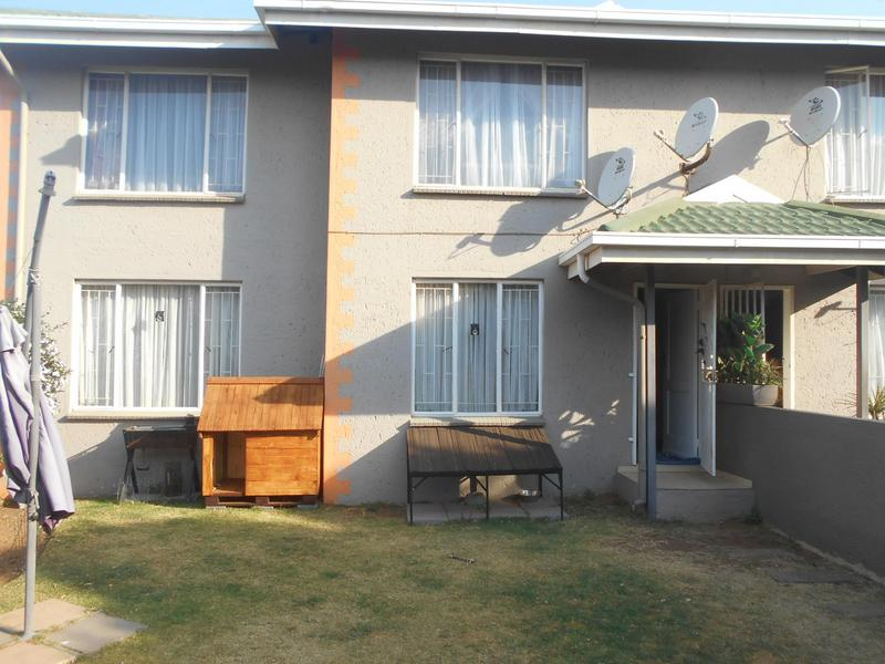 Property For Rent in Glen Marais, Kempton Park 16