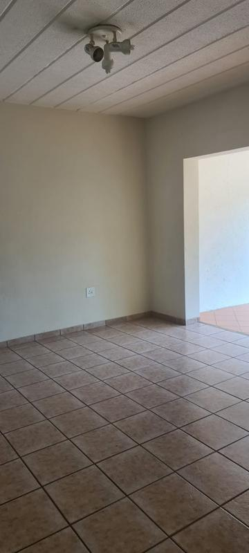 Property For Rent in Paulshof, Sandton 10